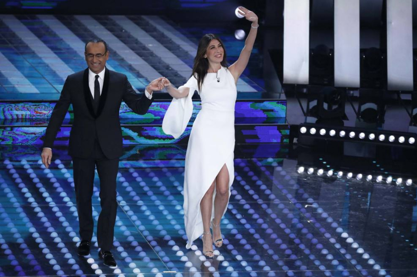 look quarta serata sanremo 2017 - virginia raffaele
