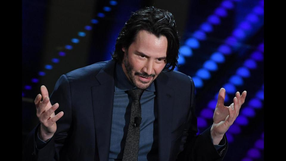 look seconda serata sanremo 2017 - keanu reeves