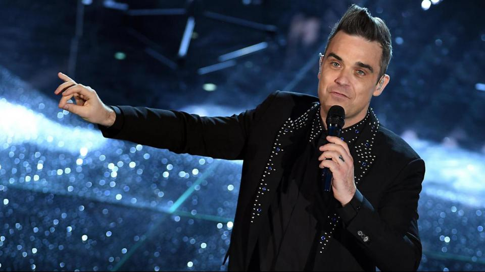 look seconda serata sanremo 2017 - robbie williams